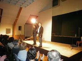 Nicolas LAMBERT et son musicien saluent un public conquis
